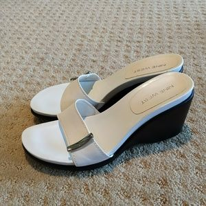 Vorris Nine West Leather White Women's Sandal